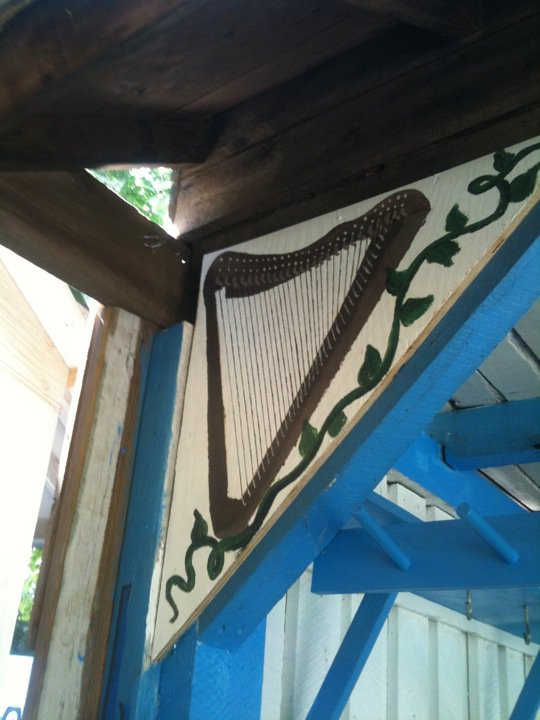MD Renn Faire - mini harp mural
