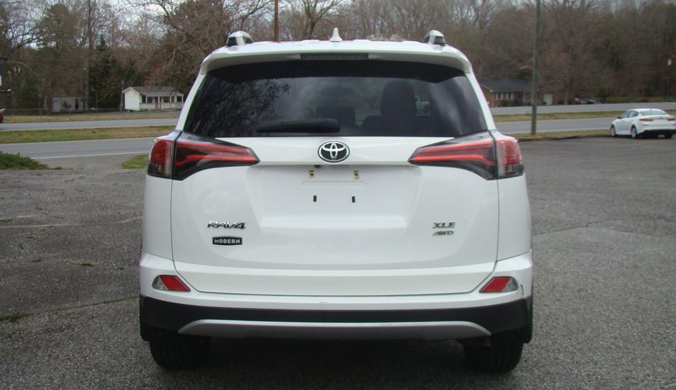 2016 RAV4 XLE AWD SUV