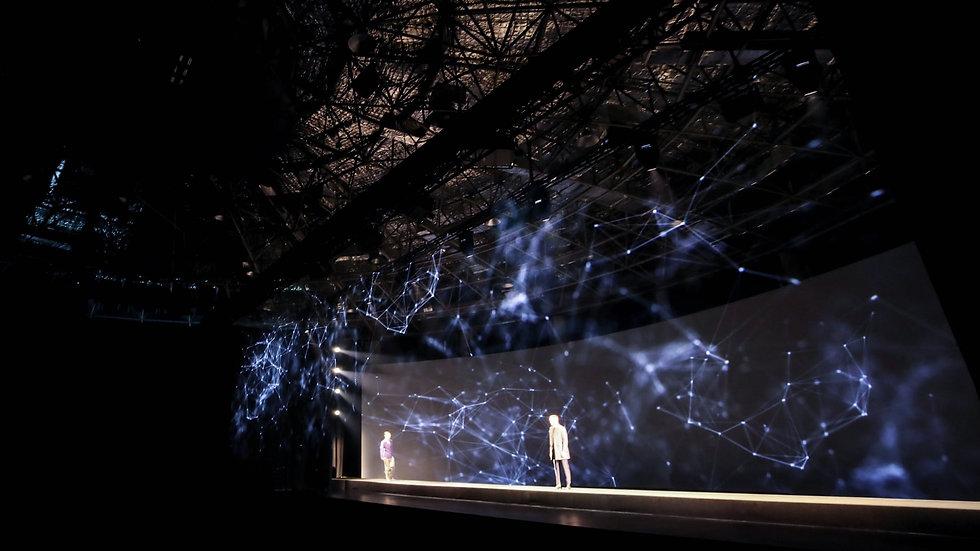 Massimo Dutti Hologram
