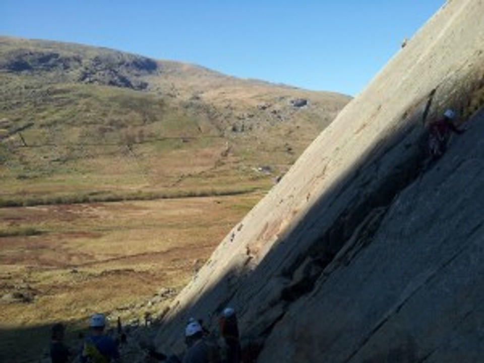 Little Tryfan busy on Good Friday evening