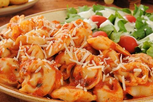 Tortellini z suszonymi pomidorami i szpinakiem