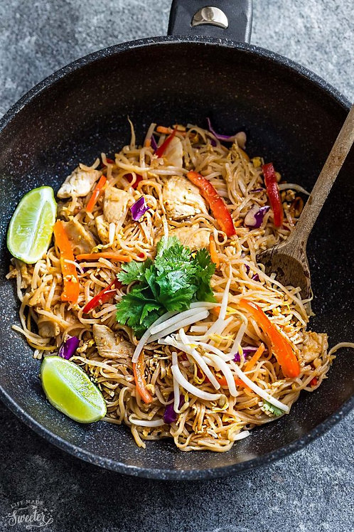 Weganskie pad thai z tofu