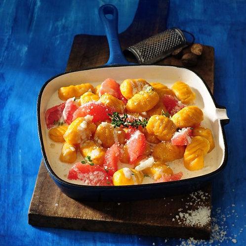 Dyniowe gnocchi z soczystym kurczakiem w smietanie zapiekane z serem