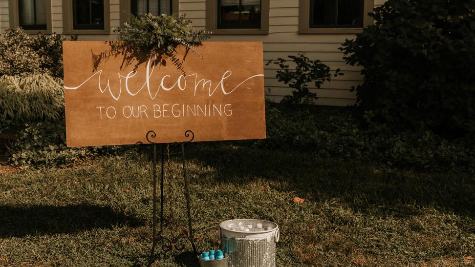 Garden Wedding Welcome Sign & Refreshmen