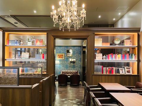 星乃珈琲 イオンモール新利府店様のディスプレイに当店の書籍を利用頂きました。
