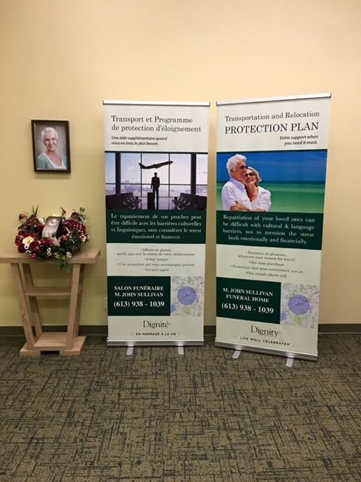 Retractable Banner Bilingual