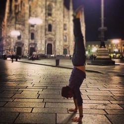 Facebook - Duomo handstand!