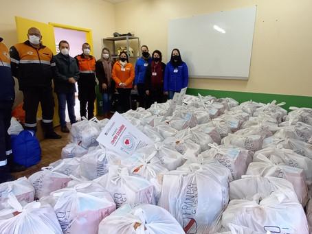 Grazziotin faz a doação de 320 cestas básicas ao município