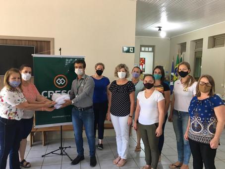 Cresol Centro-Sul RS/MS realiza a doação de três mil máscaras para escolas