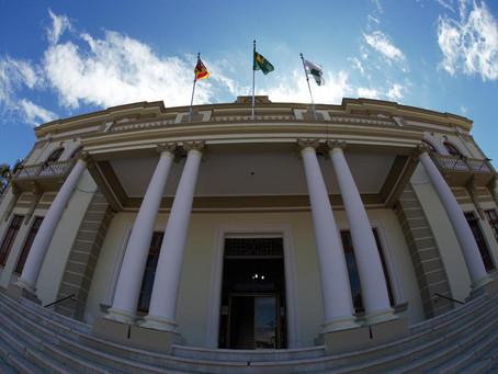 Queda de energia acarreta em parada geral de serviços online da Prefeitura