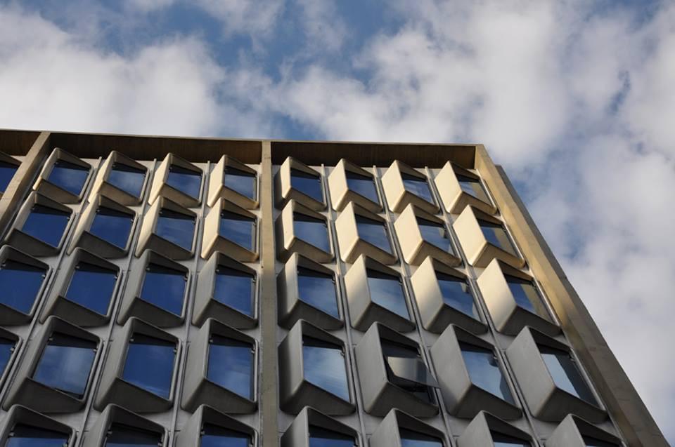 fachada em fiberglass