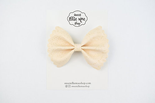 Cream Embossed |  Scalloped Ellie Bow