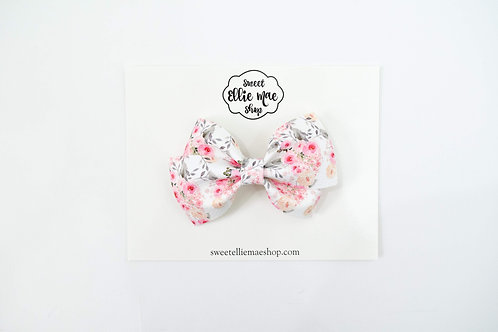 Simple Elegance Floral | Thick Lou Bow