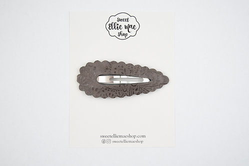 Mocha Embossed | XL Scalloped Snap Clip
