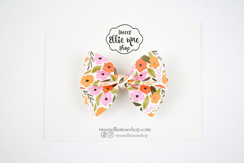 Vintage & Birch | Mini Scalloped Ellie Bow