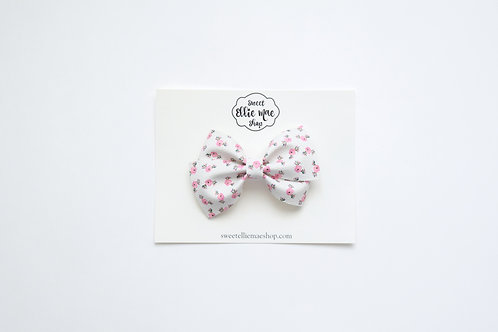 Little Pink Flowers | Thick Lou Bow