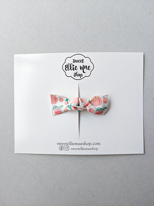 Knotted Bow Bar Clip