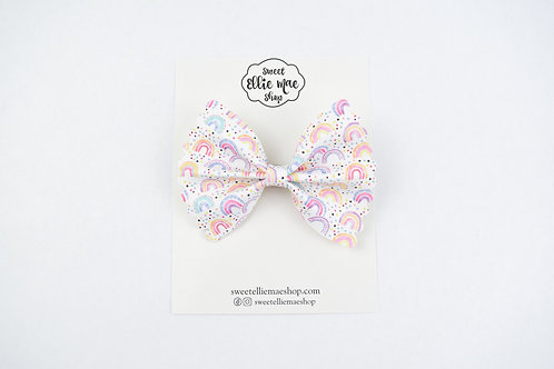 Girly Rainbows |  Scalloped Ellie Bow