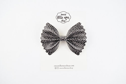 Modern Triangles |  Scalloped Ellie Bow