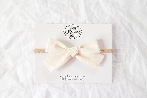 Cream | Hand-tied Gracie Bow