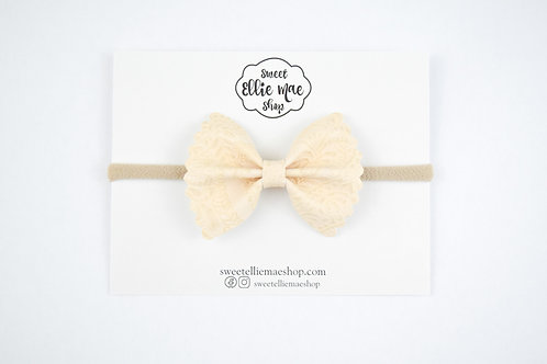 Cream Embossed | Mini Scalloped Ellie Bow