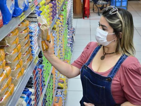 Reajuste do preço da gasolina eleva preços de alimentos