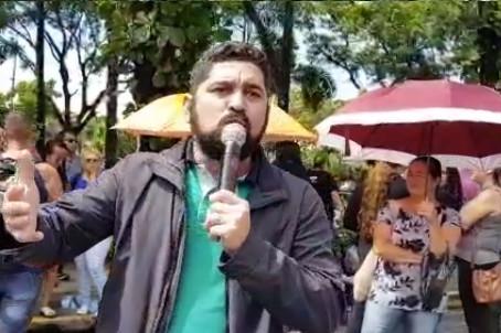 Vereador Daniel Alves participa de protesto com servidores de Jaboatão