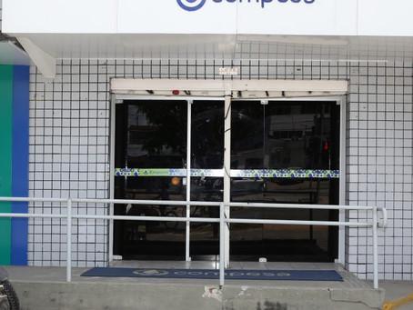 Lojas de atendimento da Compesa funcionam até às 12 horas desta segunda
