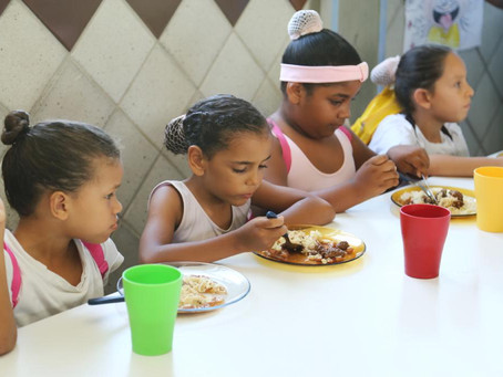 Drive-thru solidário arrecada alimentos para o Movimento Pró-Criança nesta sexta-feira