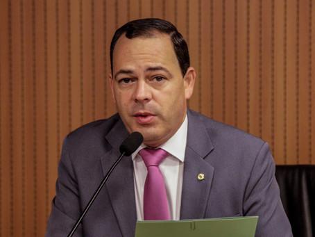 Líder do PSB na Alepe critica prefeito Anderson Ferreira