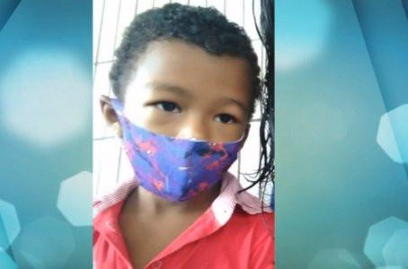 Menino de 5 anos morre após escorregar e cair no quintal de casa em Jaboatão