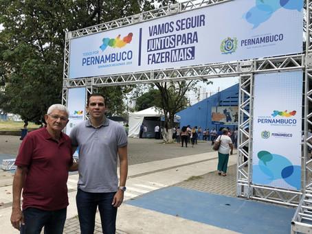 Neco e Necão apresentam demandas de Jaboatão ao governador