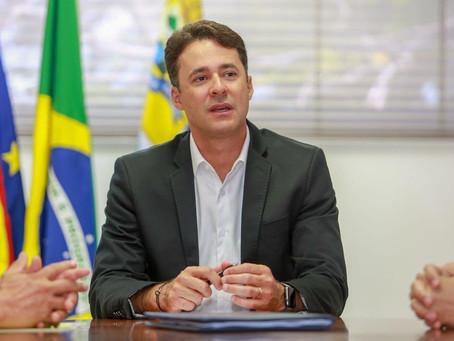 Anderson Ferreira muda estrutura administrativa e nomeia secretários