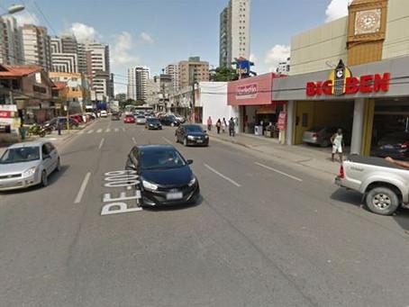 Trechos de avenida em Piedade recebem obra de esgoto