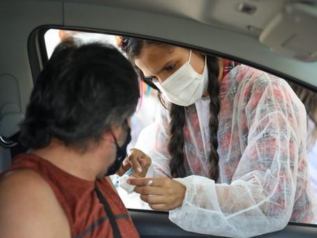 Jaboatão vacina pessoas com 42 anos contra Covid-19 e ultrapassa mais de 250 mil doses aplicadas