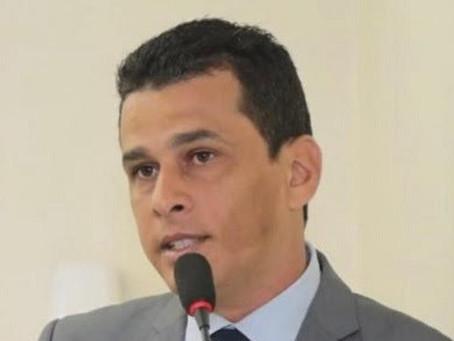 Márcio do Curado cobra informações dos contratos da Maternidade Rita Barradas