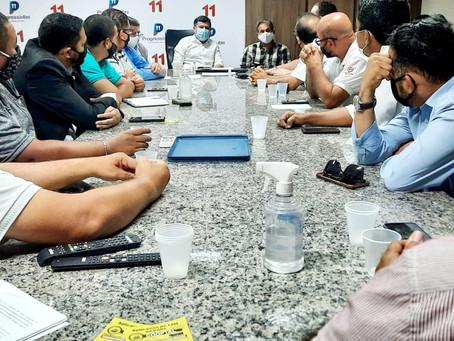 Representantes dos taxistas da RMR debatem pautas para a categoria