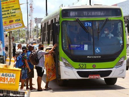Mais 200 ônibus voltam a rodar na RMR; frota disponível sobe para 88%