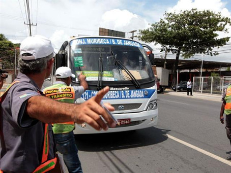 Vereadores cobram mais respeito aos idosos no transporte público
