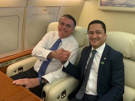 Bolsonaro elogia prefeito Anderson Ferreira