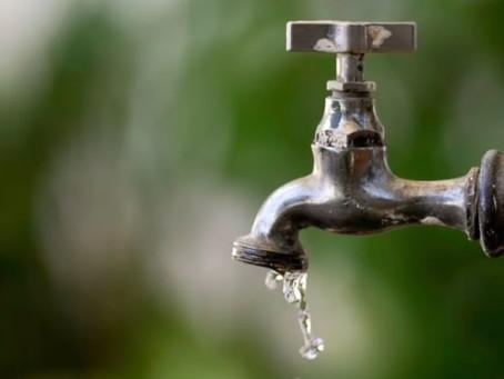 Vazamento interrompe abastecimento de água em três municípios da RMR