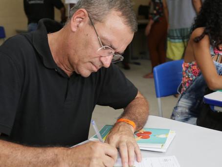 Projeto Colmeia leva serviços gratuitos
