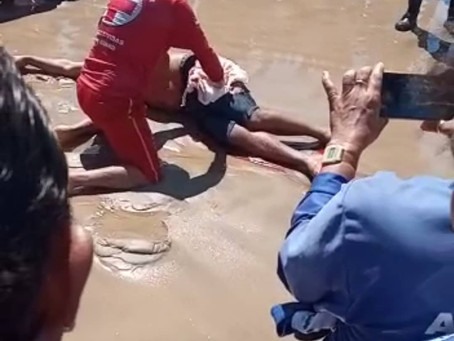 Homem é socorrido após ser atacado por tubarão na praia de Piedade
