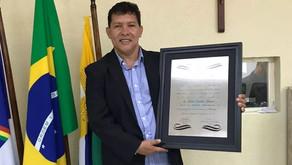 Lideranças políticas prestigiam entrega do título de cidadão jaboatonense a Irineu Cardoso