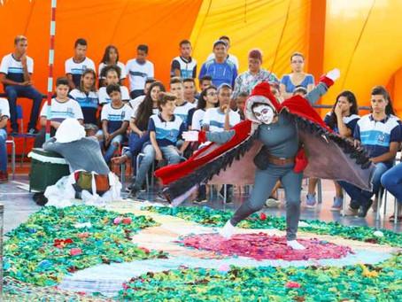 Estudantes da rede municipal do Jaboatão assistem espetáculo infantil da II Mostra Cultural