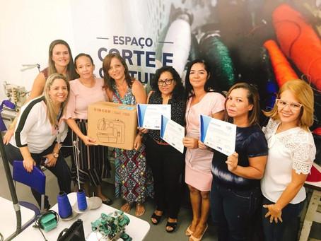 Jaboatão entrega certificados e capacita 75 mulheres para o mercado de trabalho