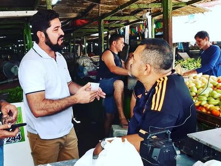 Vereador Daniel Alves visita Mercado de Cavaleiro