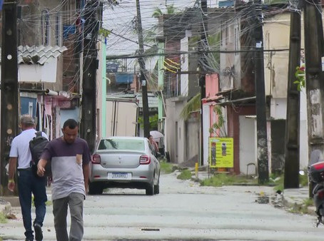 Dois jovens são assassinados a tiros e homem é baleado em Jaboatão
