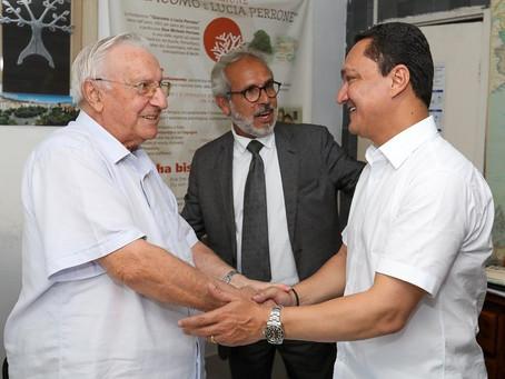 Deputado federal André Ferreira visita a Fundação Perrone