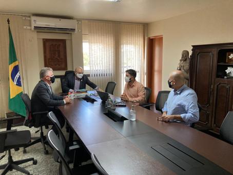 Secretário de Desenvolvimento Econômico de Jaboatão se reúne com o reitor da UFPE
